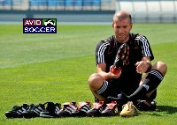 AVID Soccer News Zidane Predator